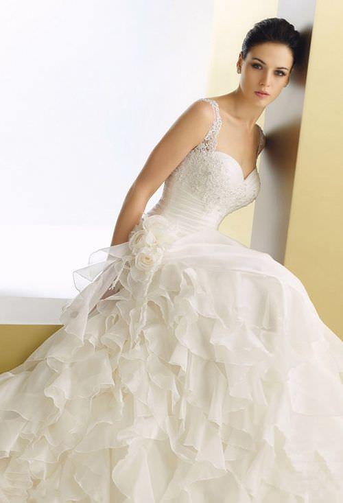 Весільні сукні elianna moore 2011 фото